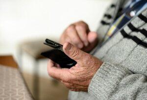 How Technology Can Keep Seniors Healthy
